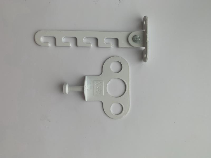 Гребенка на окна под ручку металлическая