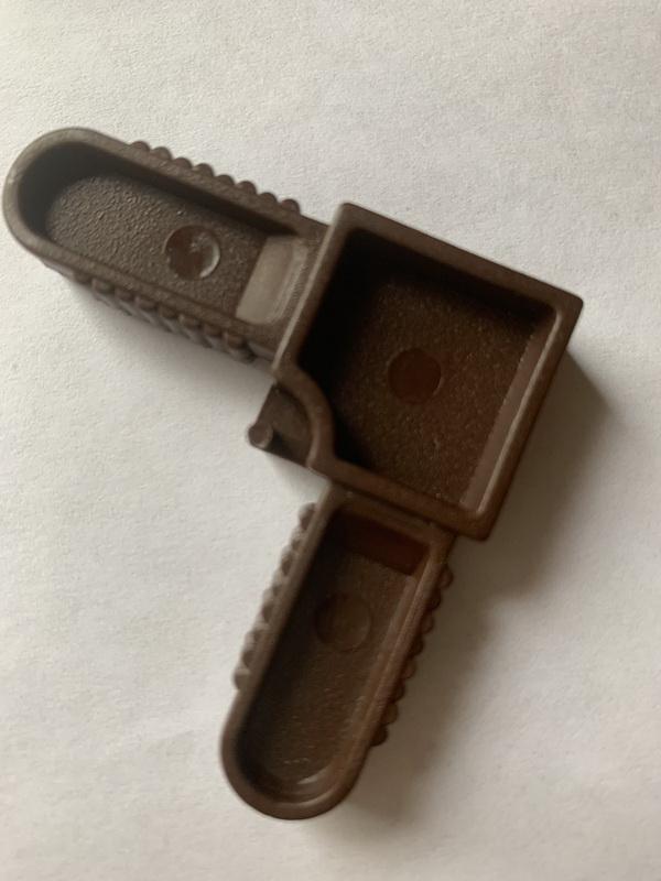 Угол соединительный для рамочной москитной сетки 10х20 коричневый